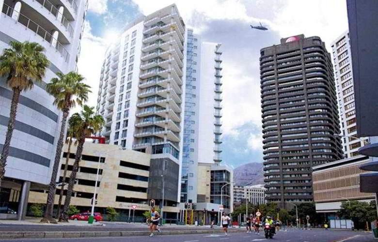 VIP Living Luxury Hotel Apartments - Hotel - 0