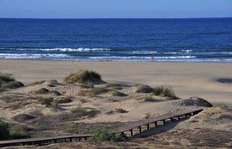 Iberostar Saidia - Beach - 25