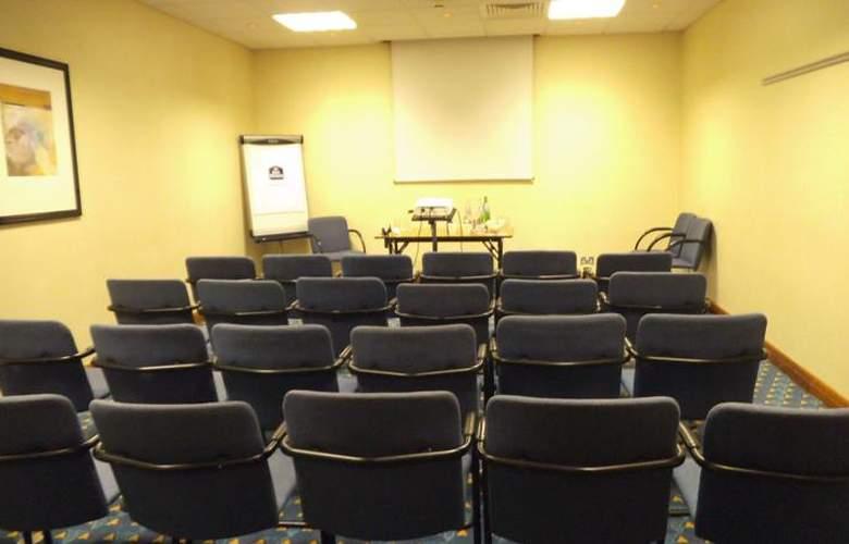 Britannia Airport Inn - Conference - 8