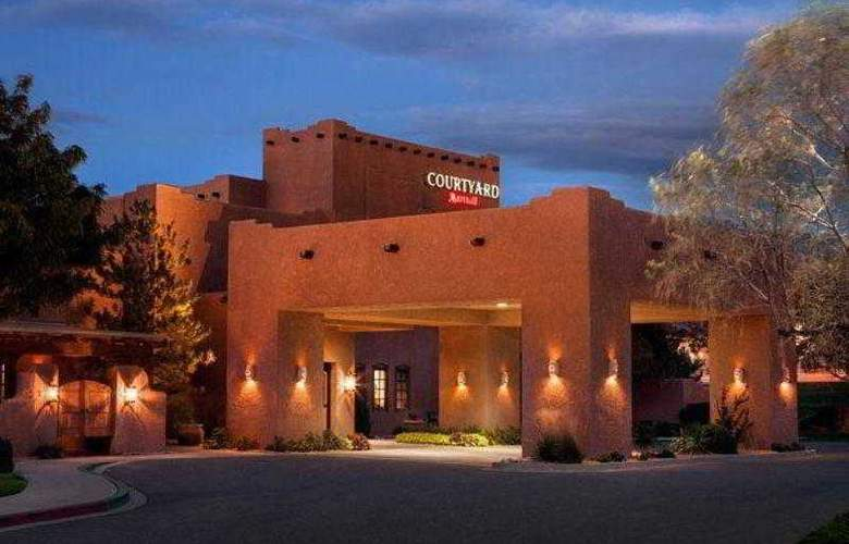 Courtyard Albuquerque - Hotel - 17