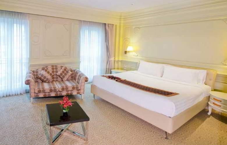 Kingston Suites - Room - 4