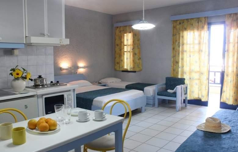 Latania Studios & Apartments - Room - 10