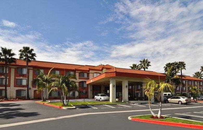 Best Western Plus Anaheim Orange County - Hotel - 1