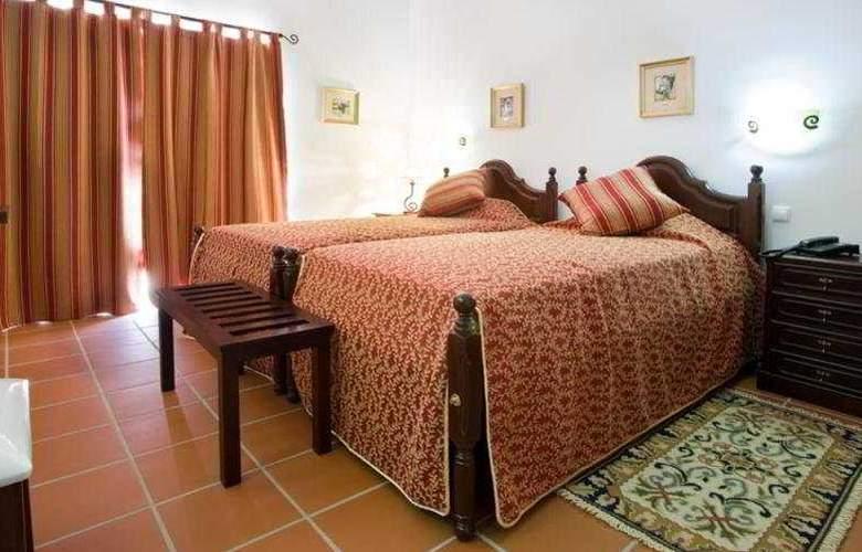 Quinta dos Bastos - Room - 5