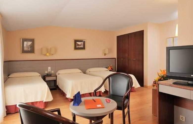 Kyriad Andorra Comtes d'Urgell - Room - 11