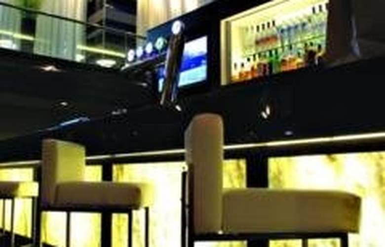 Hyatt Regency Toronto on King - Bar - 7