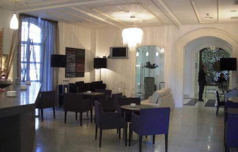 Domus Selecta Catedral Almeria - Bar - 6
