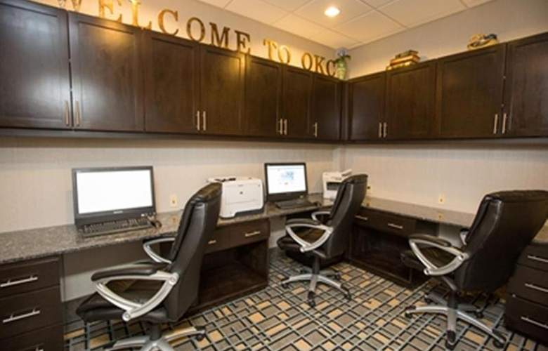 Hampton Inn and Suites Oklahoma City Airport - General - 5