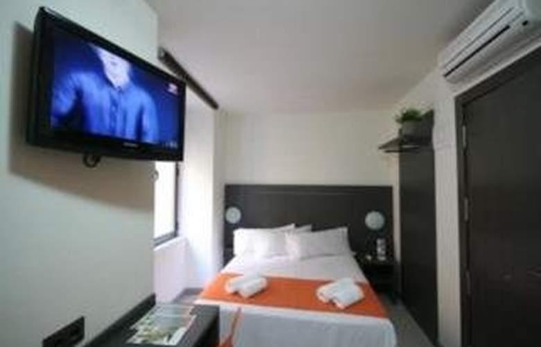 La Latina Apartamentos - Room - 0