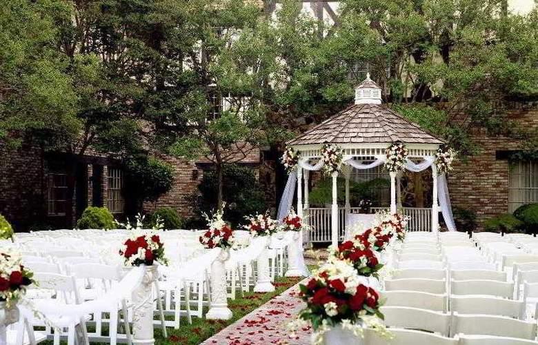 Anaheim Majestic Garden - Hotel - 9