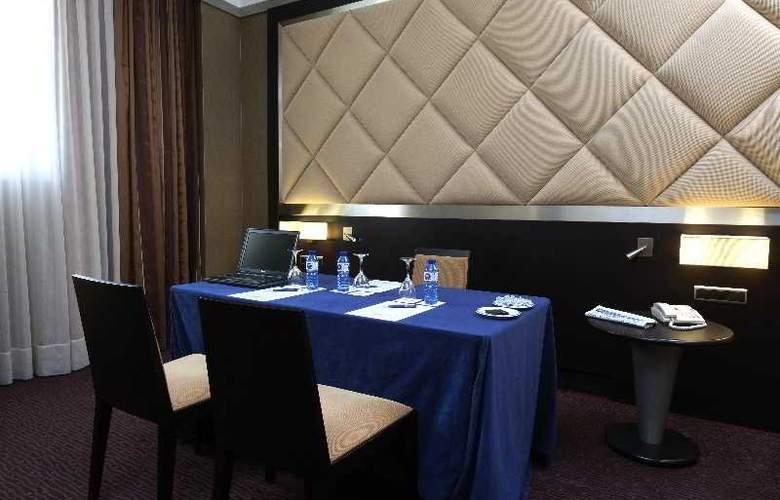 Hcc Saint Moritz - Restaurant - 26
