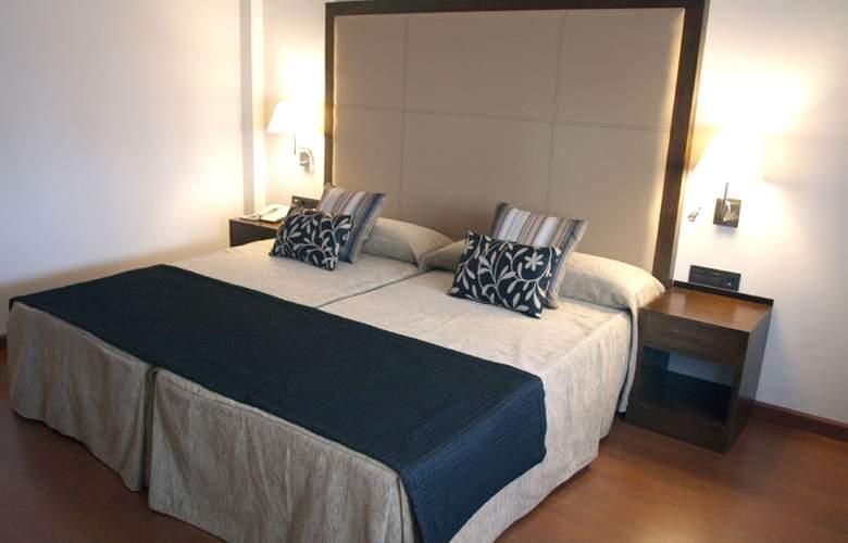 Hacienda Castellar - Room - 21