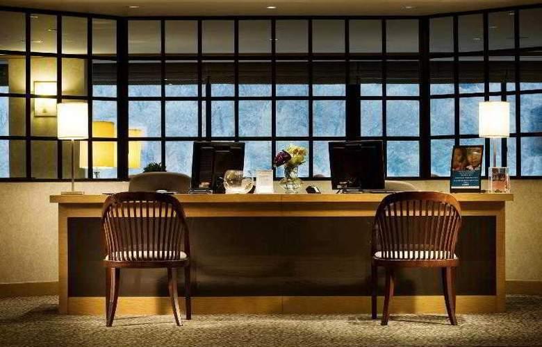 Sheraton Grande Walkerhill - Hotel - 10