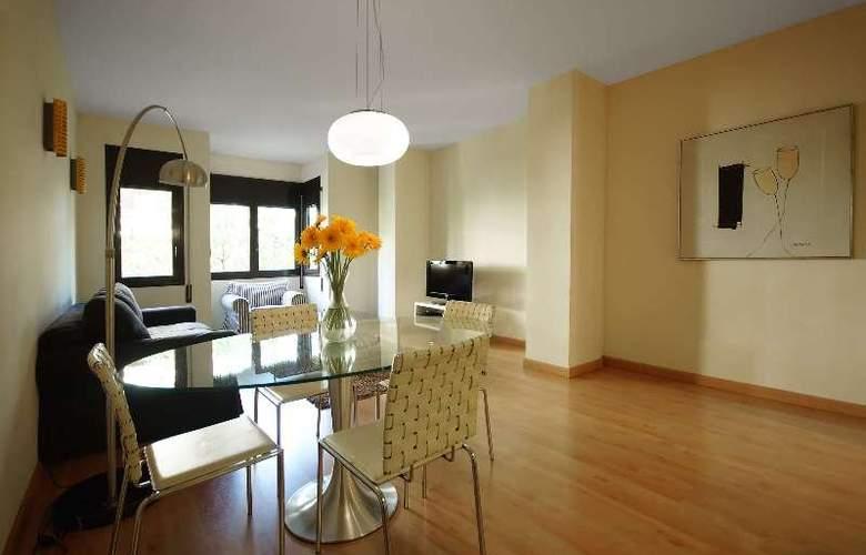 Barcelona Suites - Room - 6