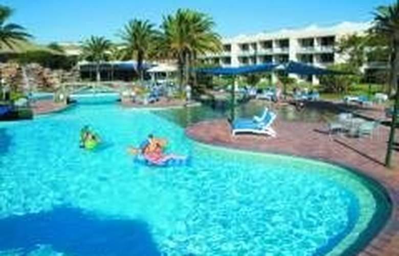 Sea World Resort - Hotel - 0