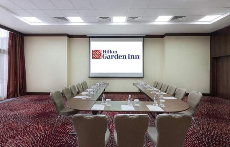 Hilton Garden Inn Astana - Conference - 18