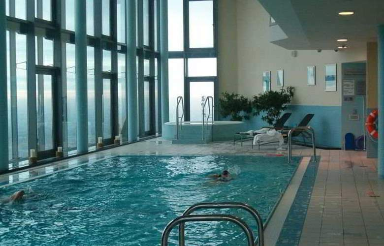 Intercontinental Warsaw - Pool - 4