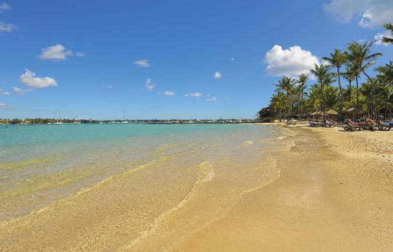 Le Mauricia Beachcomber Resort & Spa - Beach - 31