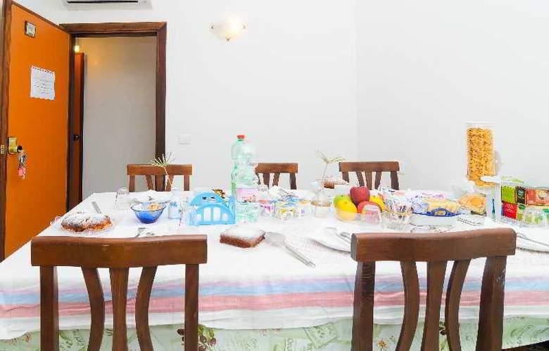 Maison Twentyfive - Guest House - Restaurant - 3
