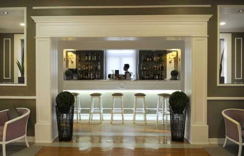 Grande Hotel das Caldas da Felgueira - Bar - 10