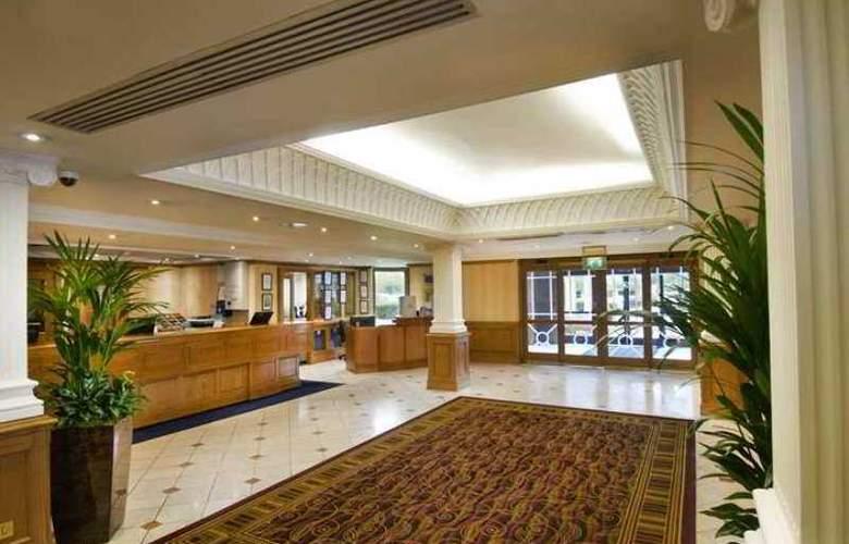 Hilton East Midland Airport - Hotel - 9