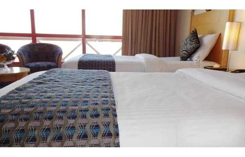 Days hotel -Marine Tower - Room - 8