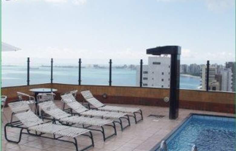 Plaza Praia Suites - Pool - 4