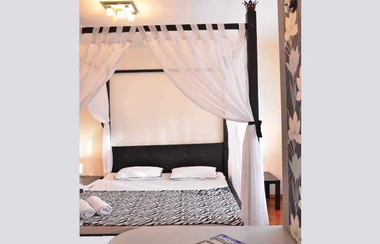 Kalonis Hostel - Room - 4
