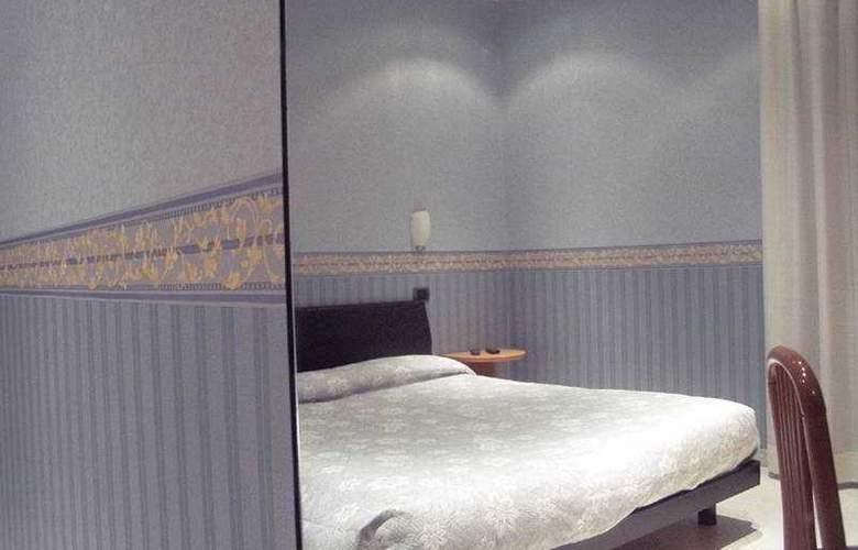 Due Torri - Room - 3
