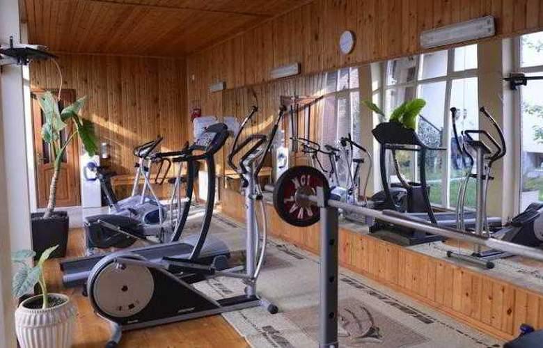 East Legend Panorama Hotel - Sport - 24
