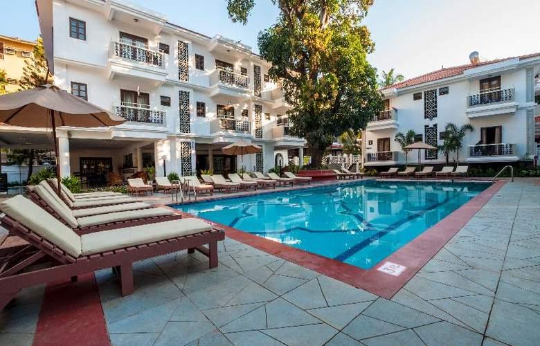 Radisson Goa Candolim - Pool - 15