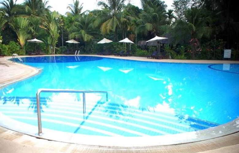 Angkor Century Resort & Spa - Pool - 63