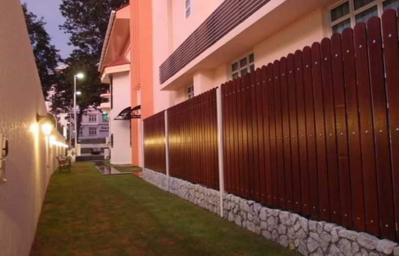 G-Inn - Terrace - 4