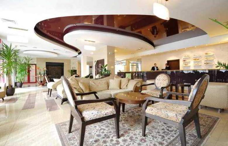 DoubleTree by Hilton Varna - Golden Sands - Hotel - 11