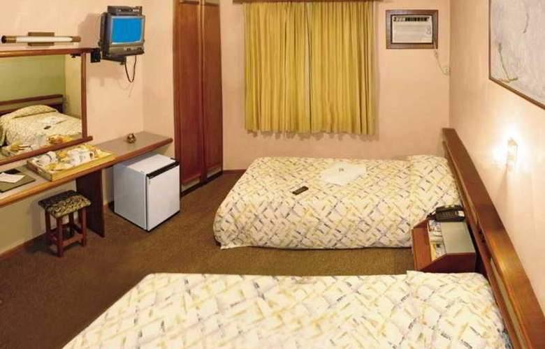 Condor - Room - 1
