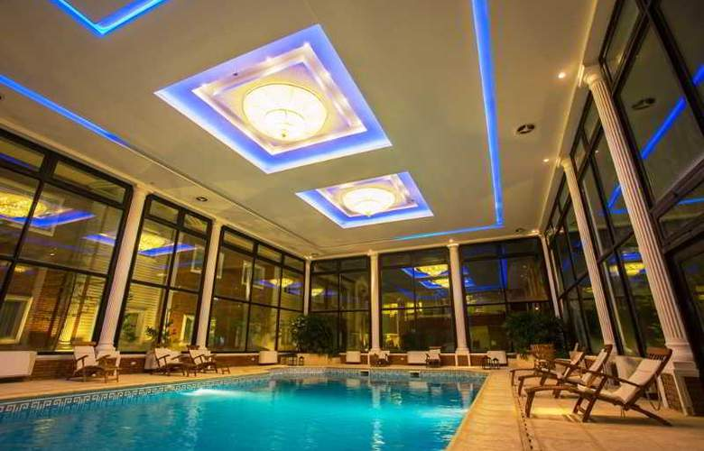 Unique Luxury Patagonia - Pool - 27