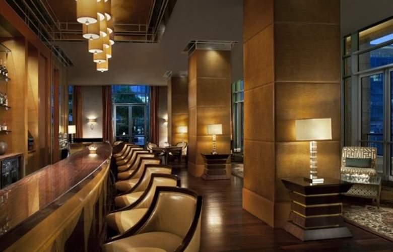 Ritz-Carlton, Dubai International Financial Centre - Bar - 8