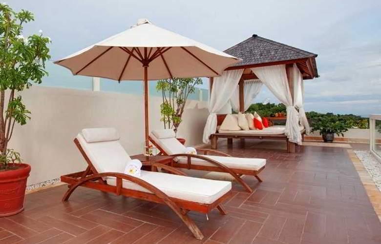 Nusa Dua Retreat Boutique Villa Resort and Spa - Terrace - 7