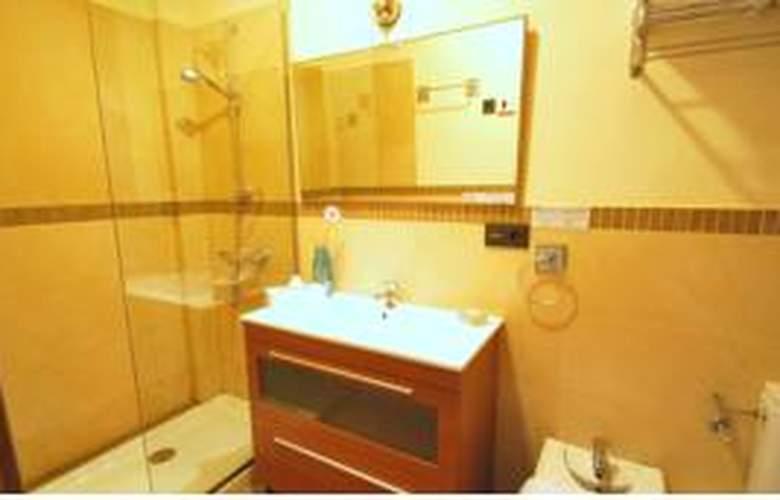 Living-Sevilla Apartments Lumbreras - Room - 3