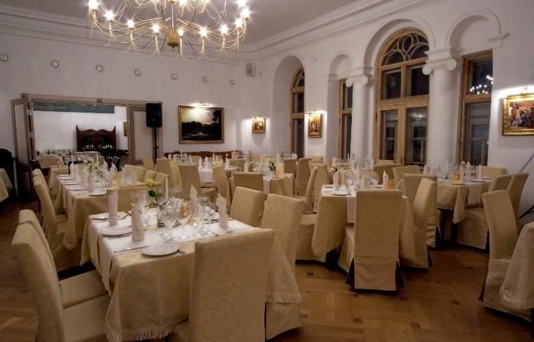 St. Olav - Restaurant - 8