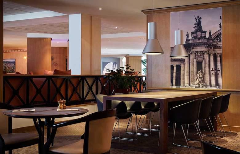 Mercure Paris Charles De Gaulle CDG Airport & Convention Center - Bar - 12