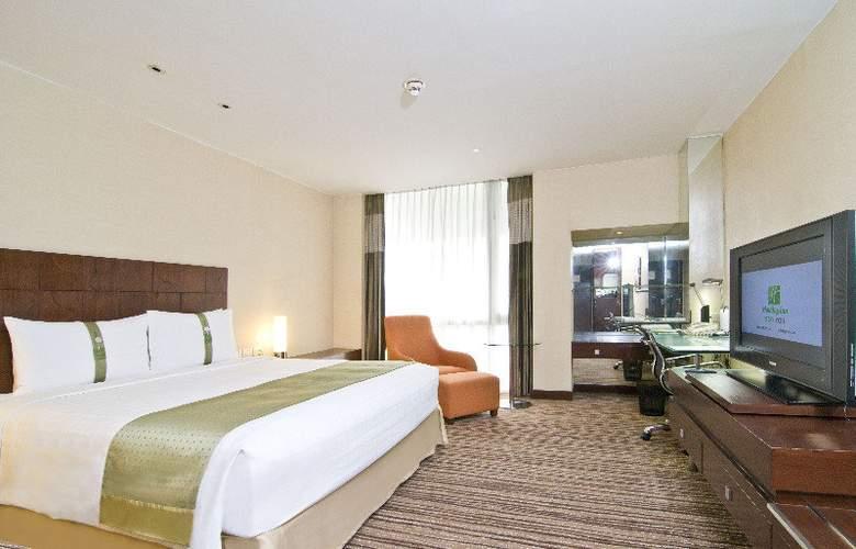 Holiday Inn Bangkok - Room - 13
