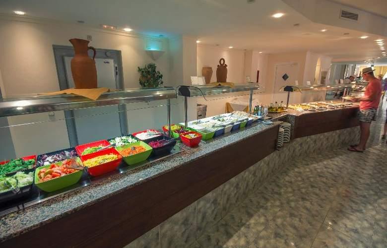 Azuline Coral Beach - Restaurant - 23