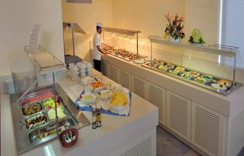 Okeanos Beach Hotel - Restaurant - 5