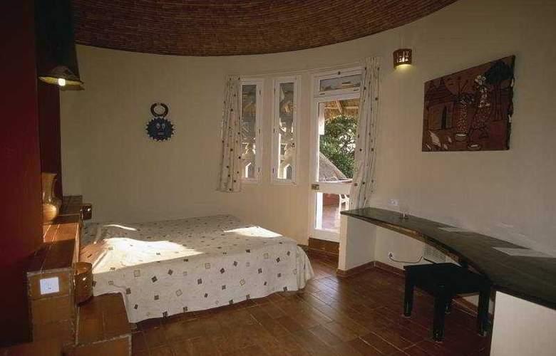 Royam Saly - Room - 1
