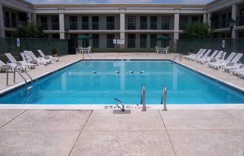 Best Western Baltimore West - Hotel - 10