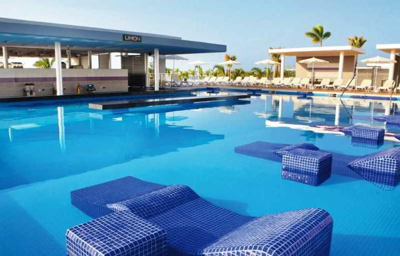 Riu Playa Blanca - Pool - 16