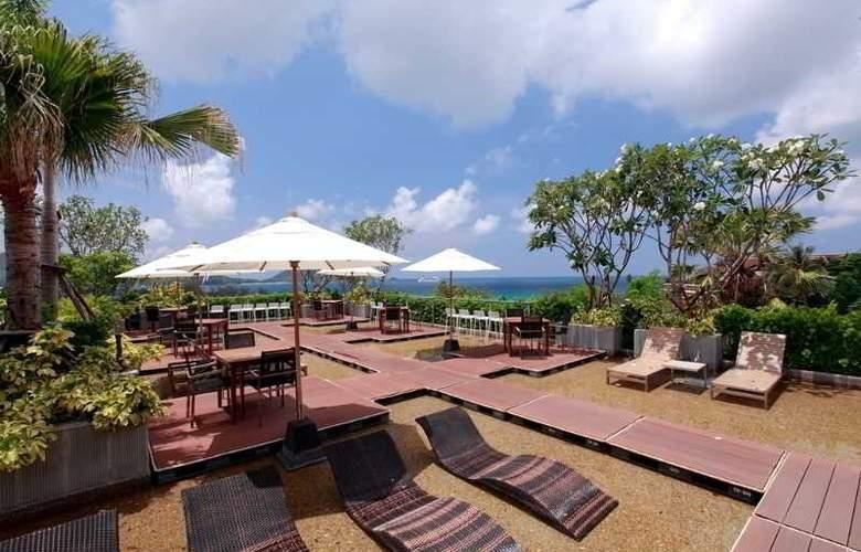 Sea Sun Sand Resort & Spa - Terrace - 13