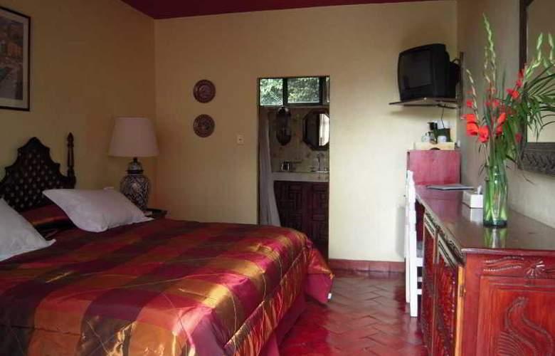 Hacienda de las Flores - Room - 9