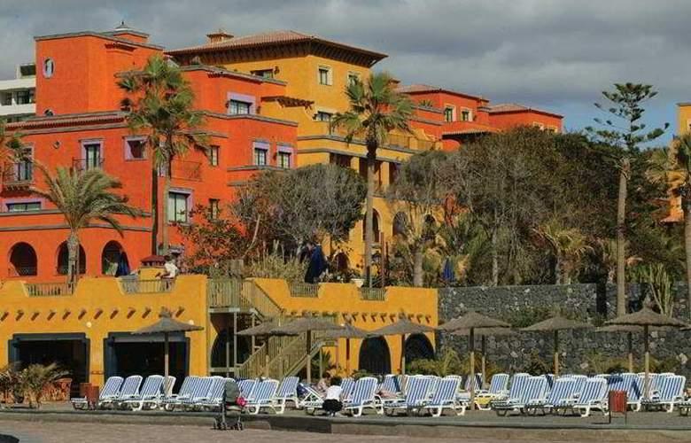 Europe Villa Cortes - Hotel - 0